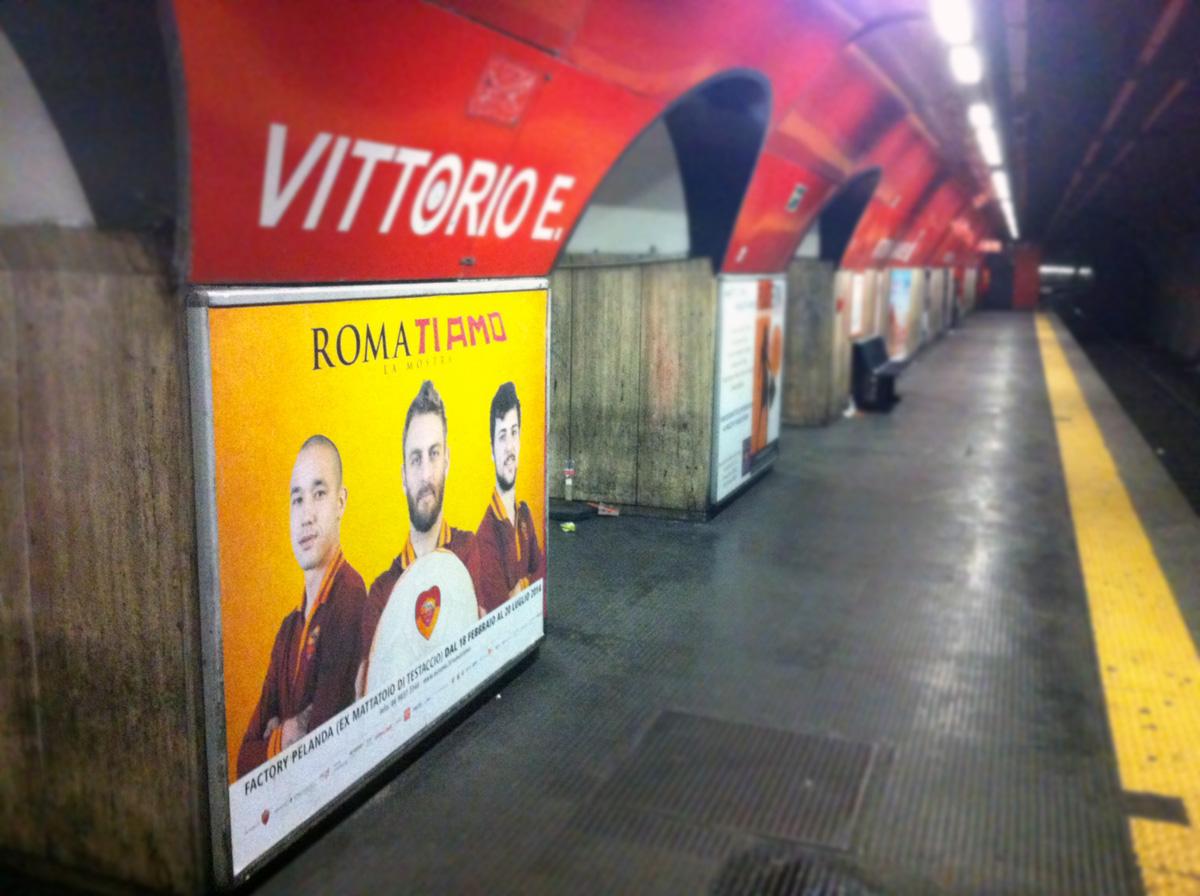 Roma ti amo Servizio Fotografico Metropolitana di Roma by Maniac Studio